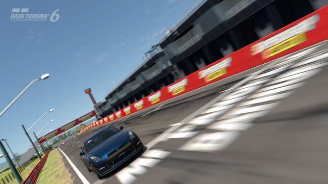 Gran Turismo 6 bez funkcji sieciowych od przyszłego roku - obrazek 1
